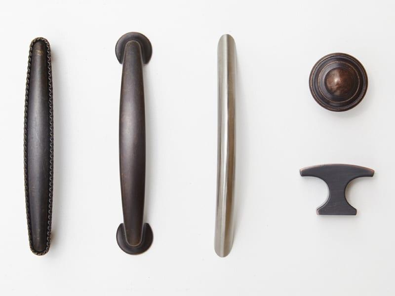 Ridgewood Closets door handle options