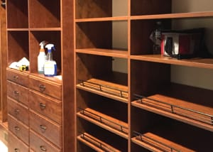 RWC-Walk-in-closet-wood-2