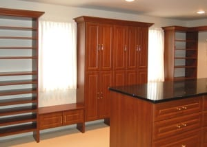 RWC-Walk-in-closet-wood-with-Island
