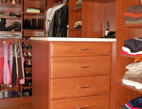 walk-in-closet-wood-5